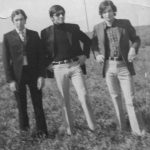 1971- Τάκης Αναγνώστου - Βασίλης Τσιβελεκίδης - Άνθιμος  Στα χωράφια, σημερινή Νέα Πολιτεία Ευόσμου